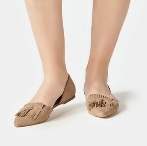JustFab Tan Flat Pointed shoes Size 6.5